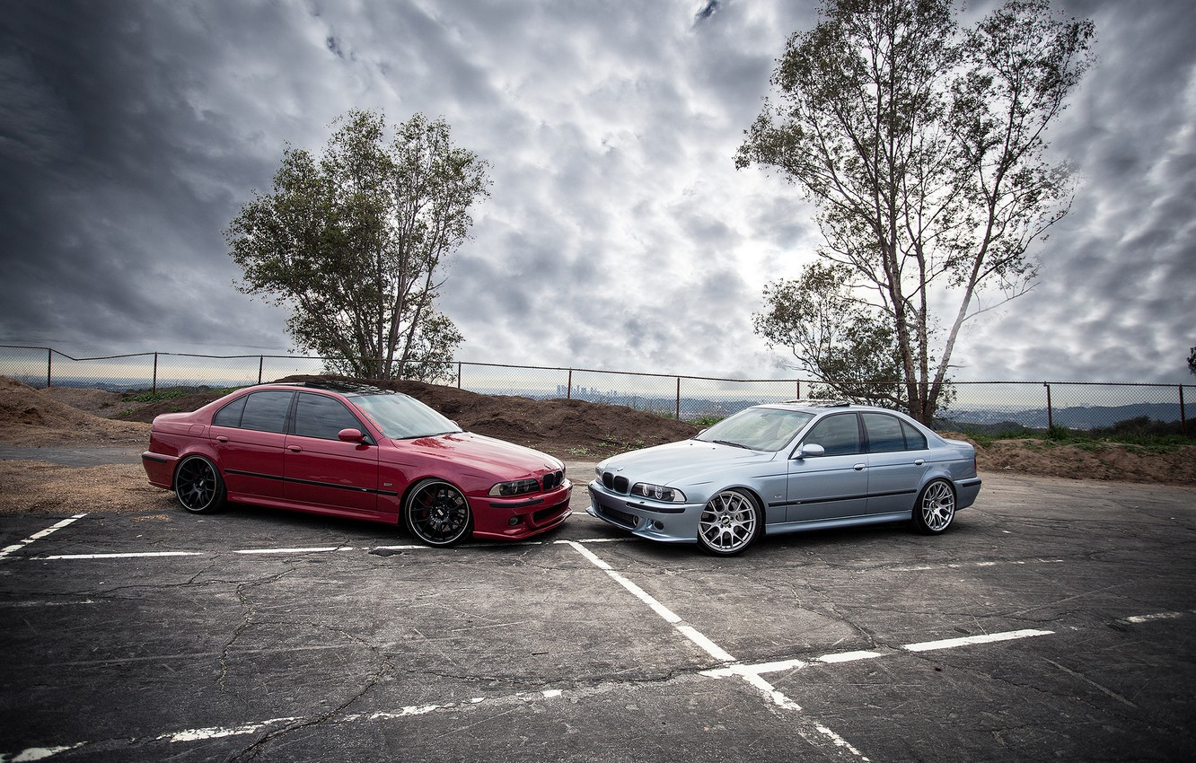 Photo wallpaper the sky, trees, red, clouds, blue, bmw, BMW, red, side view, blue, e39