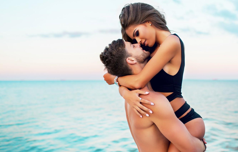 Photo wallpaper love, beaches, couple, swimsuit, romance, vacation