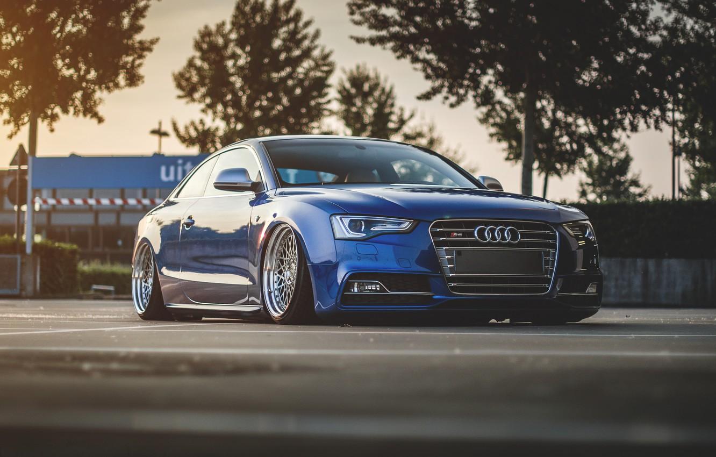 Photo wallpaper Audi, Audi, blue, blue, suspension
