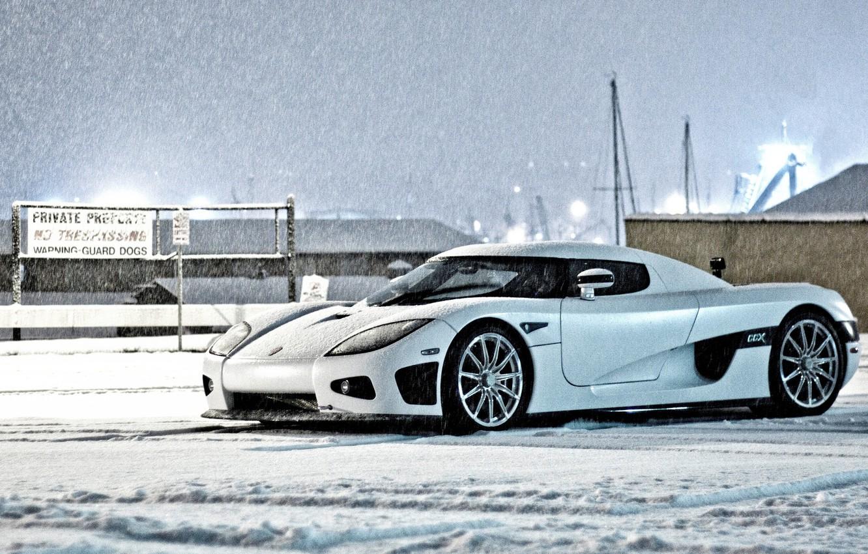 Photo wallpaper winter, white, the sky, snow, building, Koenigsegg, white, side view, winter, snow, CCX, Keninsberg