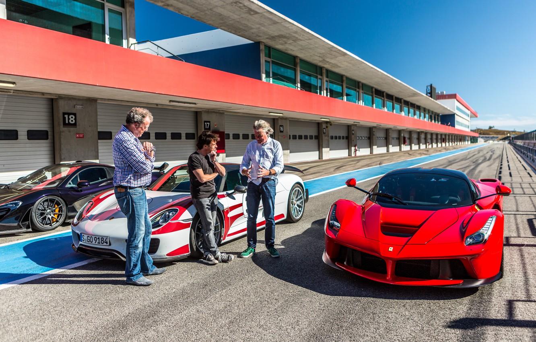 Photo wallpaper Jeremy Clarkson, Jeremy Clarkson, Richard Hammond, James May, Richard Hammond, James May, Ferrari LaFerrari, McLaren …