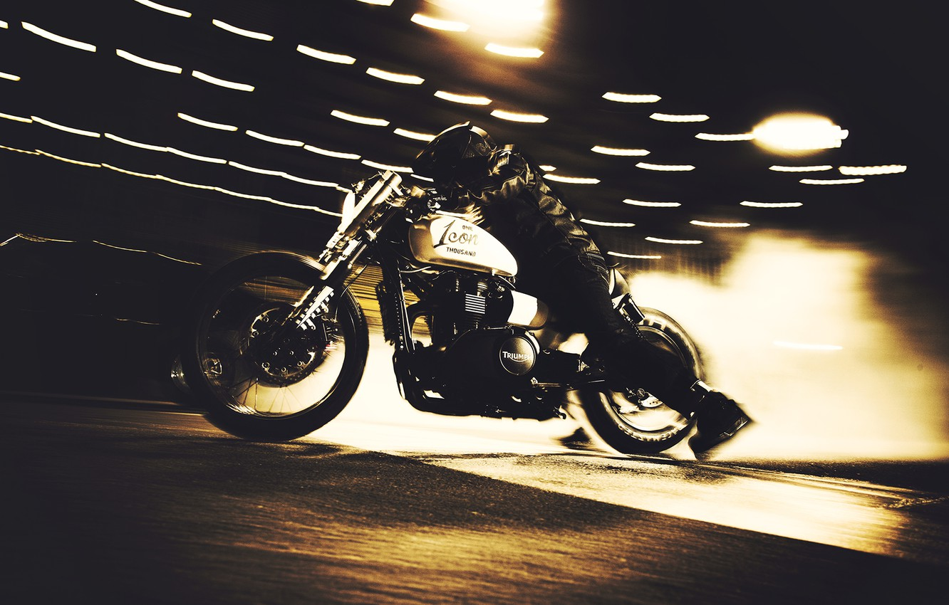 Wallpaper Bike Night Race Custom Burnout Triumph Speedmaster