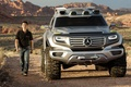 Picture Mercedes Benz, SUV, road, people
