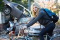 Picture Postapokalipsis, Cassie Sullivan, 5 wave, Chloe Moretz, Bike, 5th wave, Backpack, The 5th Wave, Chloe ...