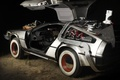 Picture Back to the future, Marty McFly, Emmett Brown, the DeLorean