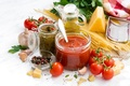 Picture oil, cheese, pepper, tomatoes, spaghetti, sauce, parsley, spices, garlic, pasta