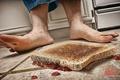 Picture floor, feet, jam, sandwich, Murphy's law